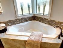 luge master bath 5